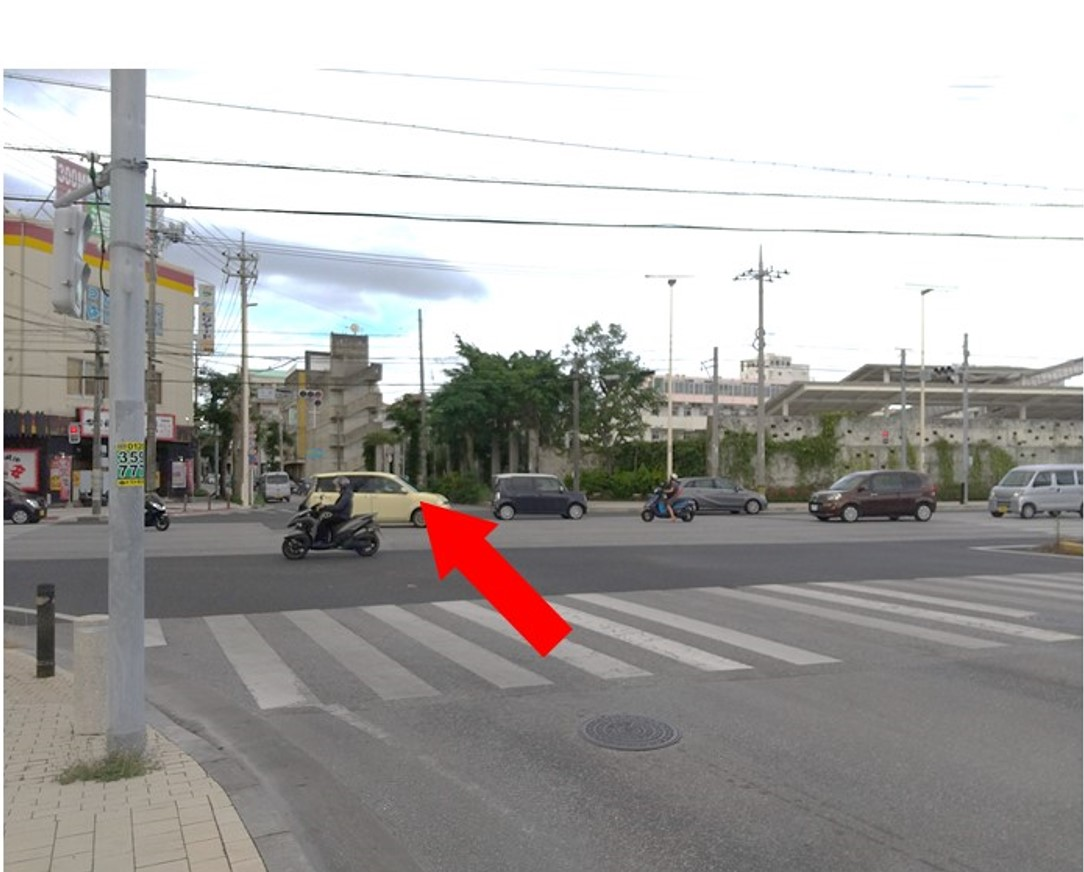 古島交叉点をパイプラインに入り浦添方面に進みます